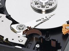 如何选择电脑硬盘,教你几招技巧!